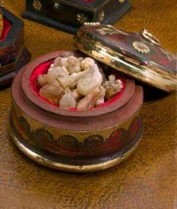 frankincense-in-box